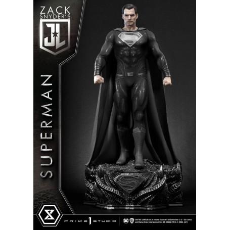 Justice League statuette Superman Black Suit Edition 84 cm